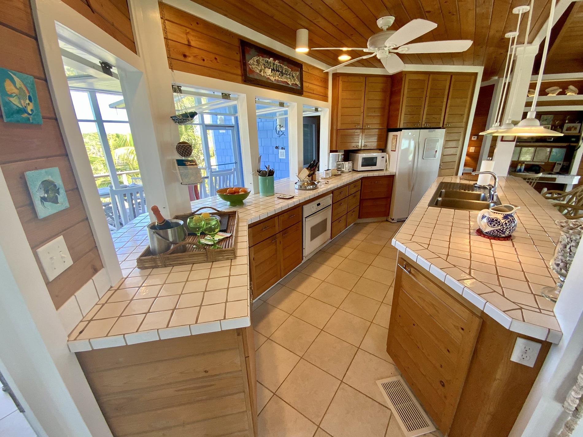 18 Calypso Kitchen North