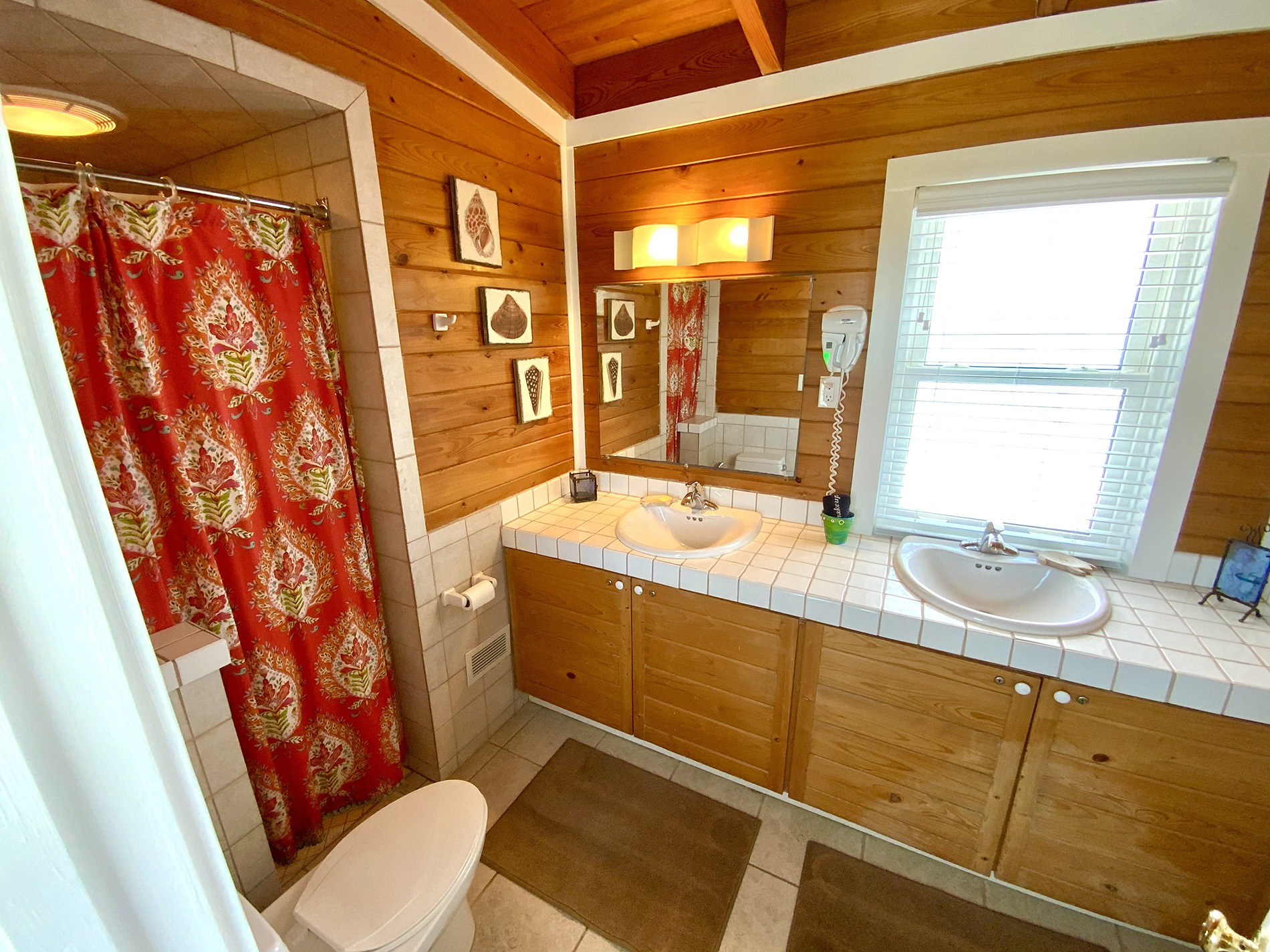 South King Master Bathroom